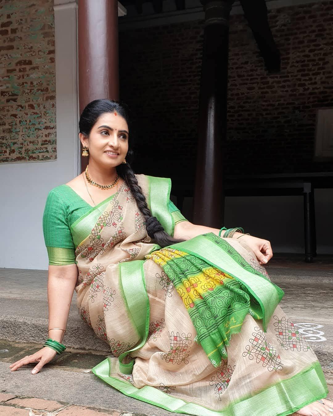 Sujitha-saree-99