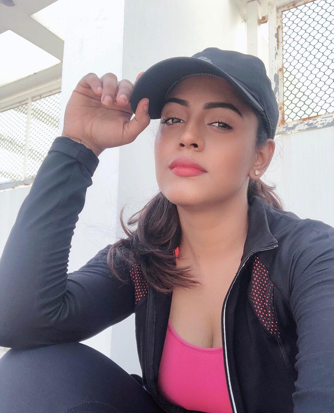 actress-ineya-103
