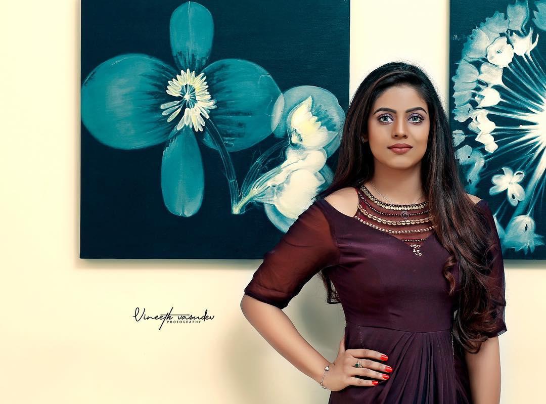 actress-ineya-24