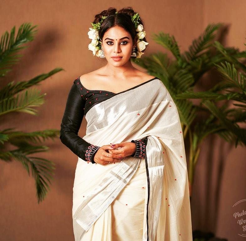 actress-ineya-25