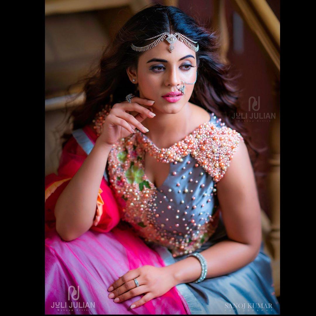 actress-ineya-48