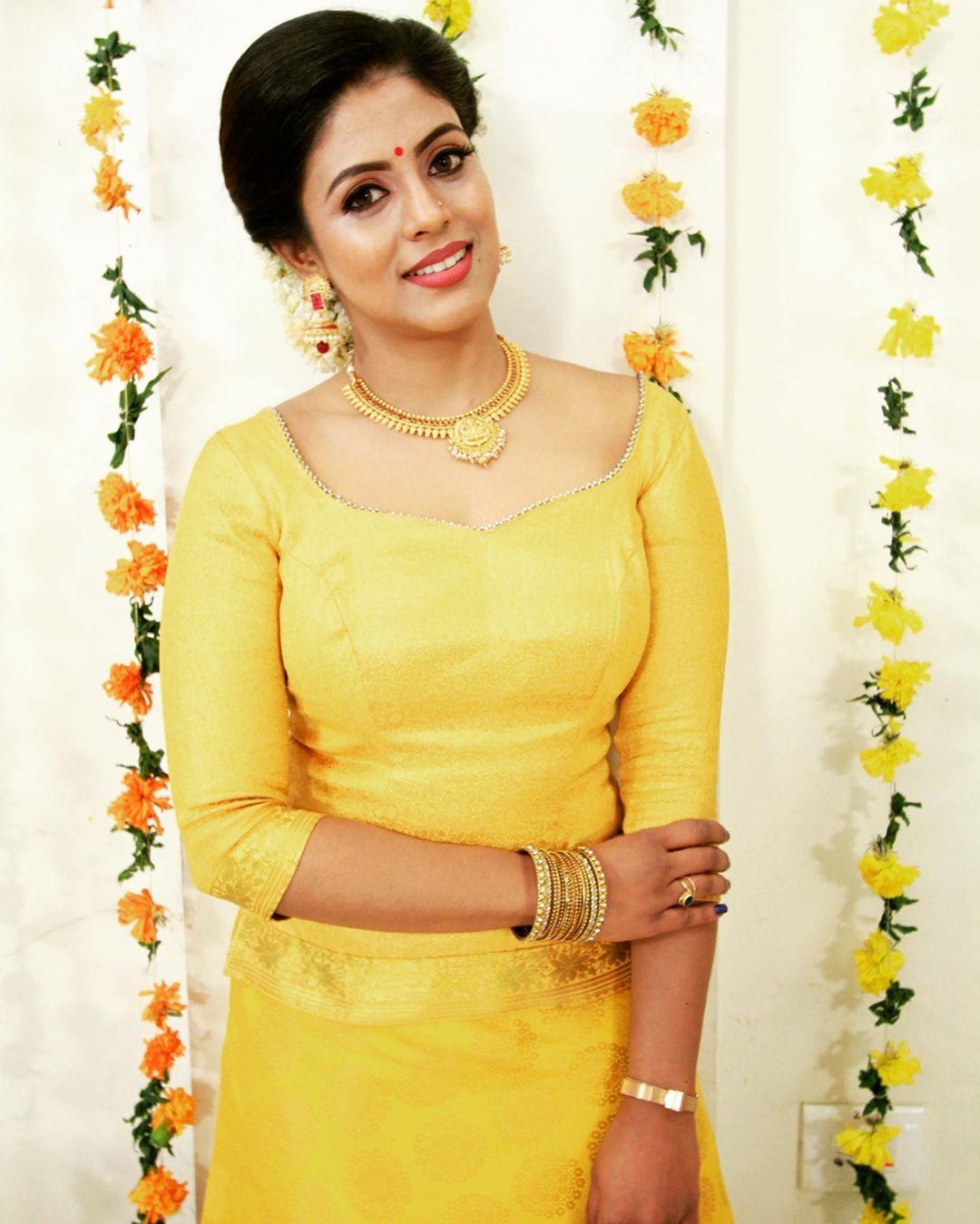 actress-ineya-76