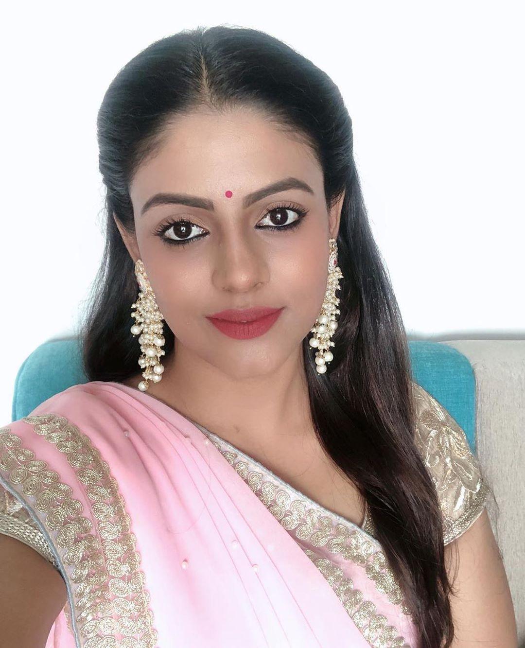 actress-ineya-94