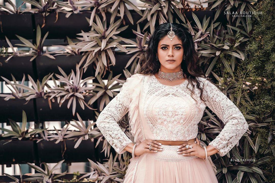actress-ineya-99