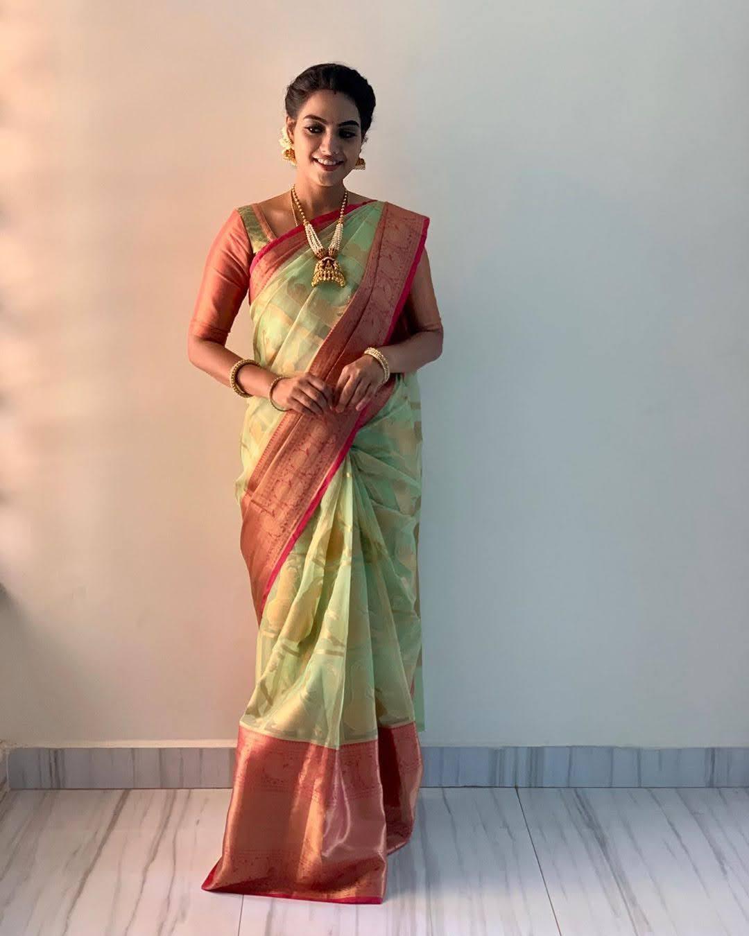 pavithra-janani-64644