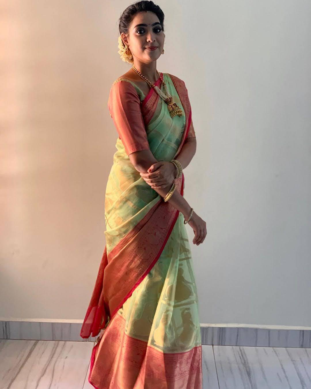 pavithra-janani-64647