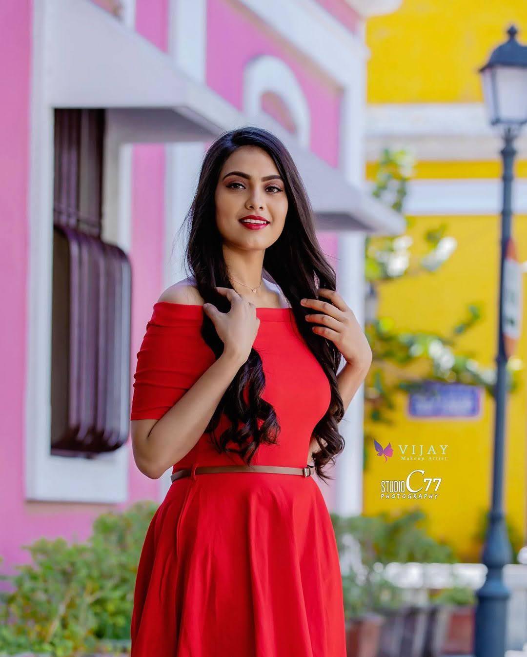 pavithra-janani-64660