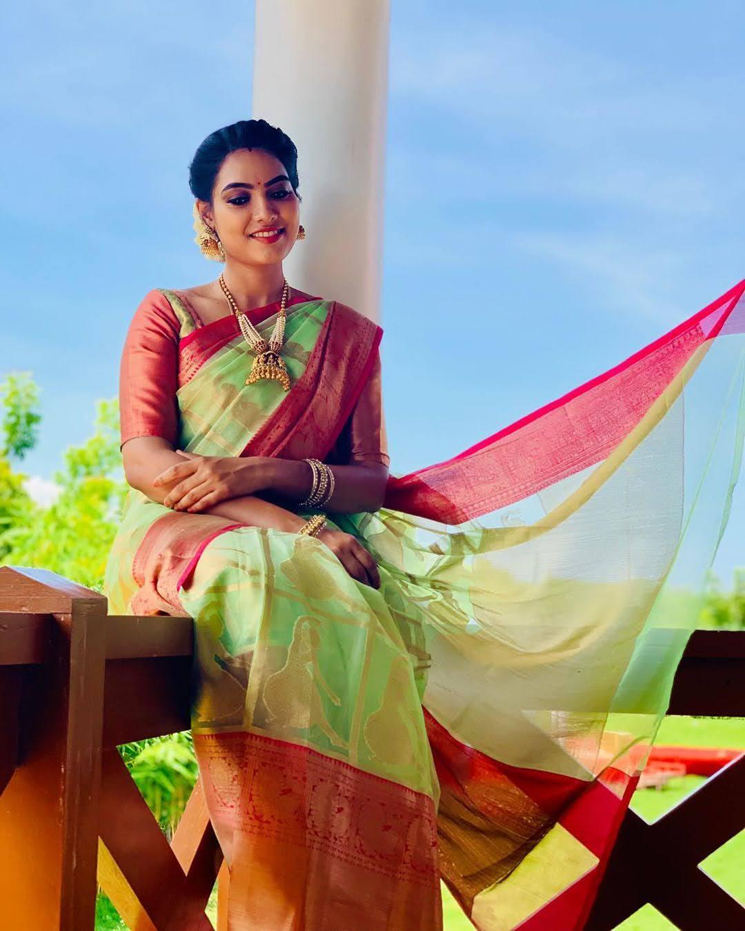 pavithra-janani-64669