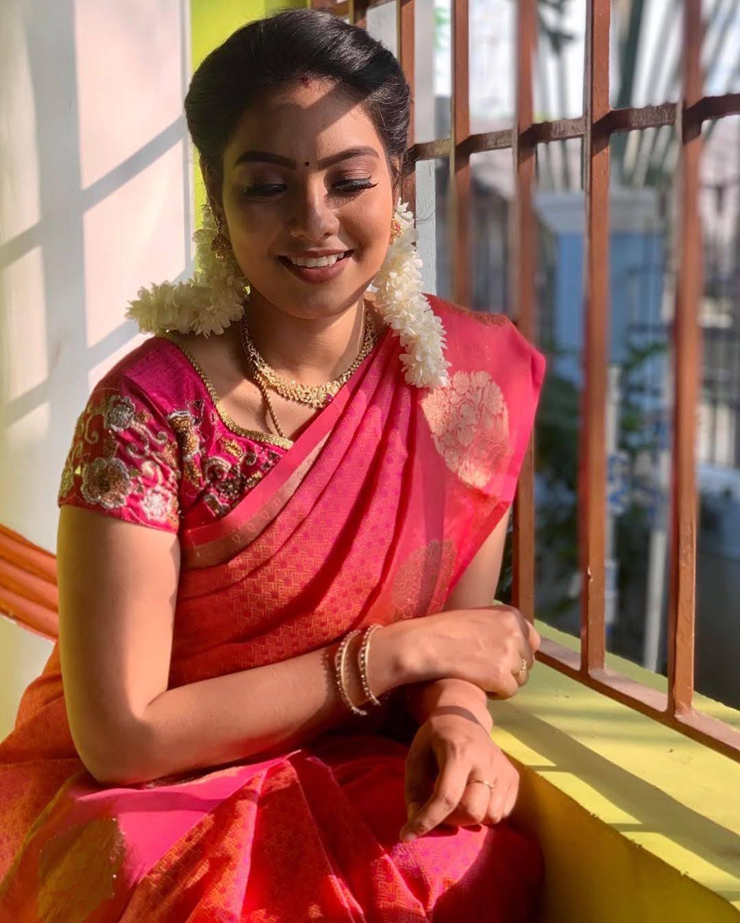 pavithra-janani-64691