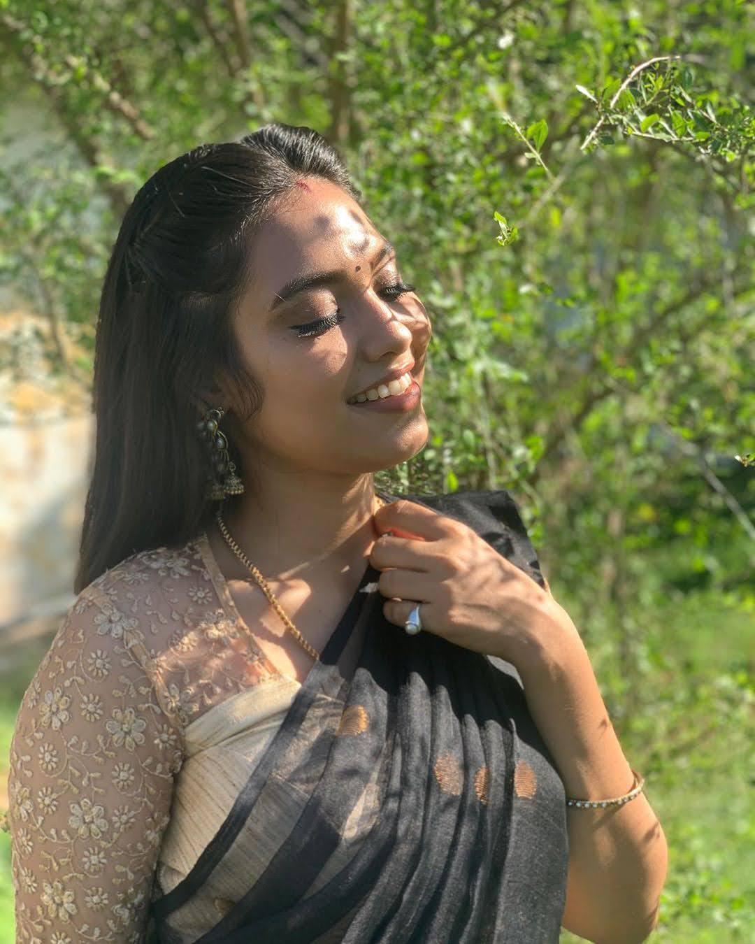 pavithra-janani-64693