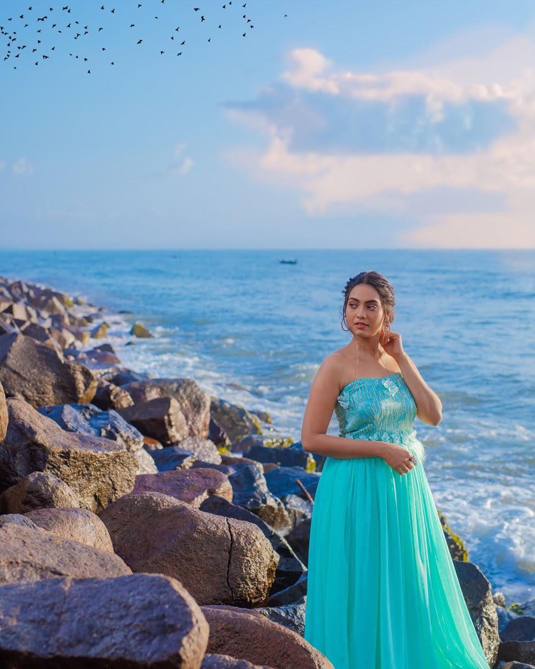 pavithra-janani-64696