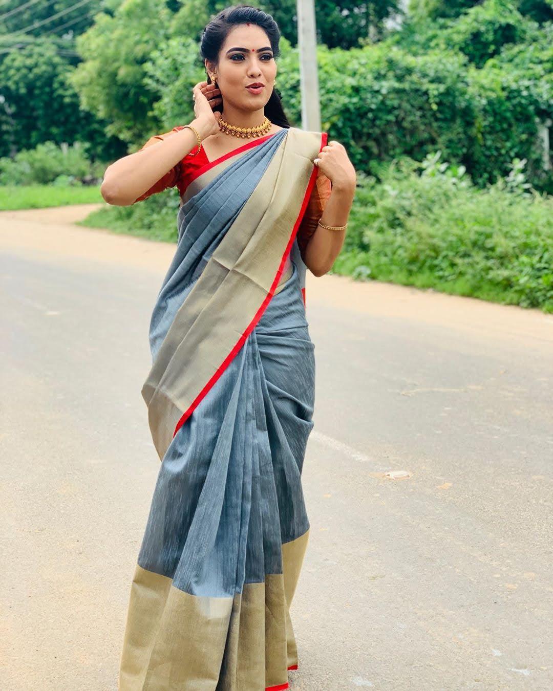 pavithra-janani-64712