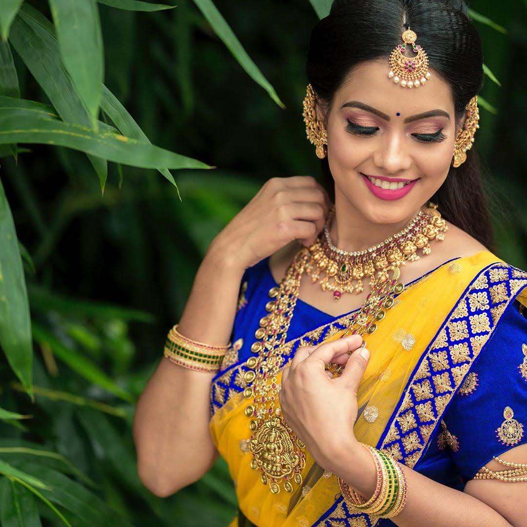 pavithra-janani-64714