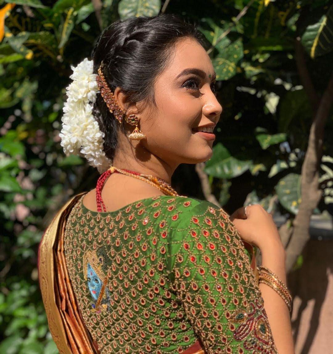 pavithra-janani-64718