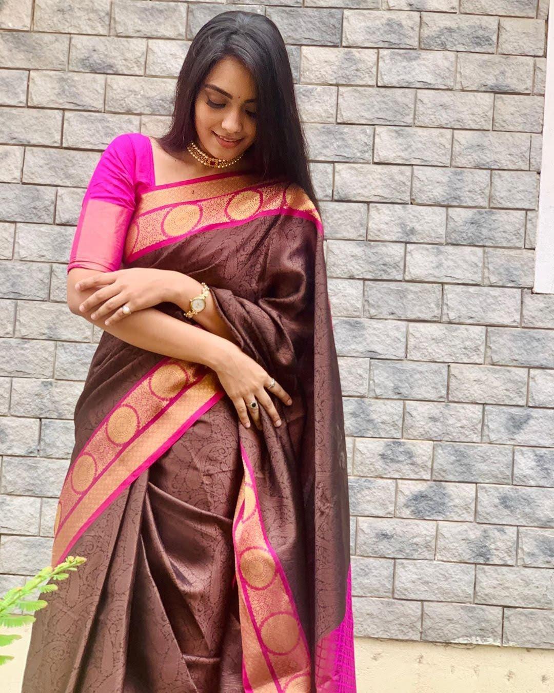 pavithra-janani-64751