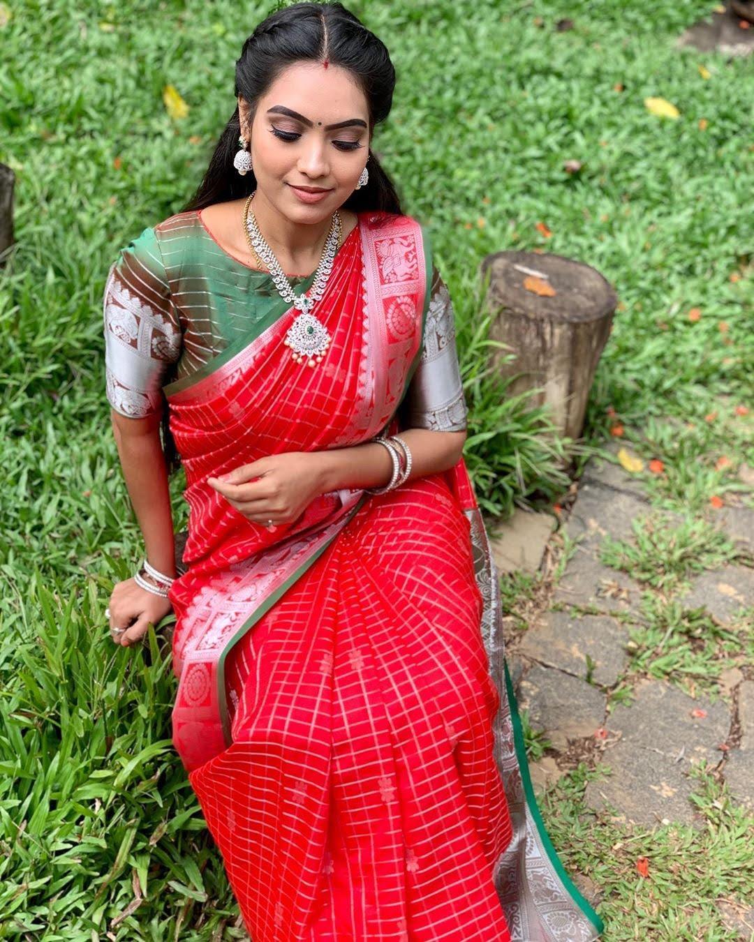 pavithra-janani-64757