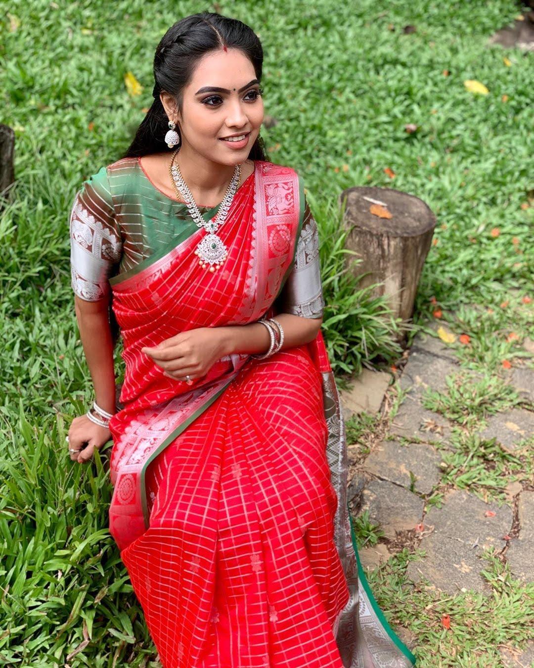 pavithra-janani-64760