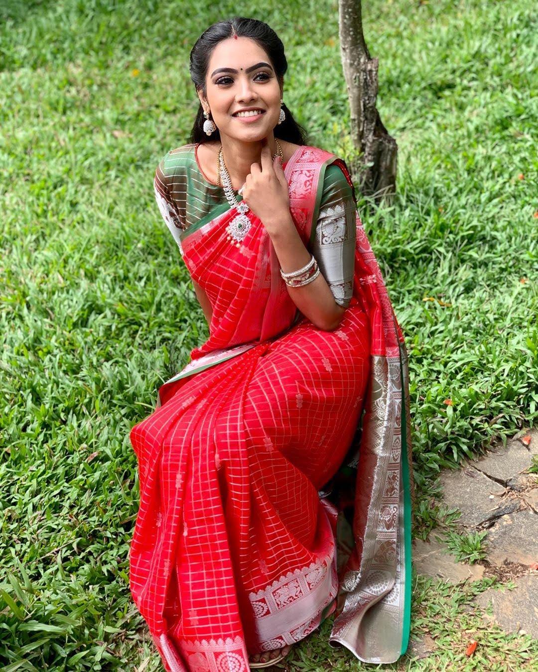 pavithra-janani-64769