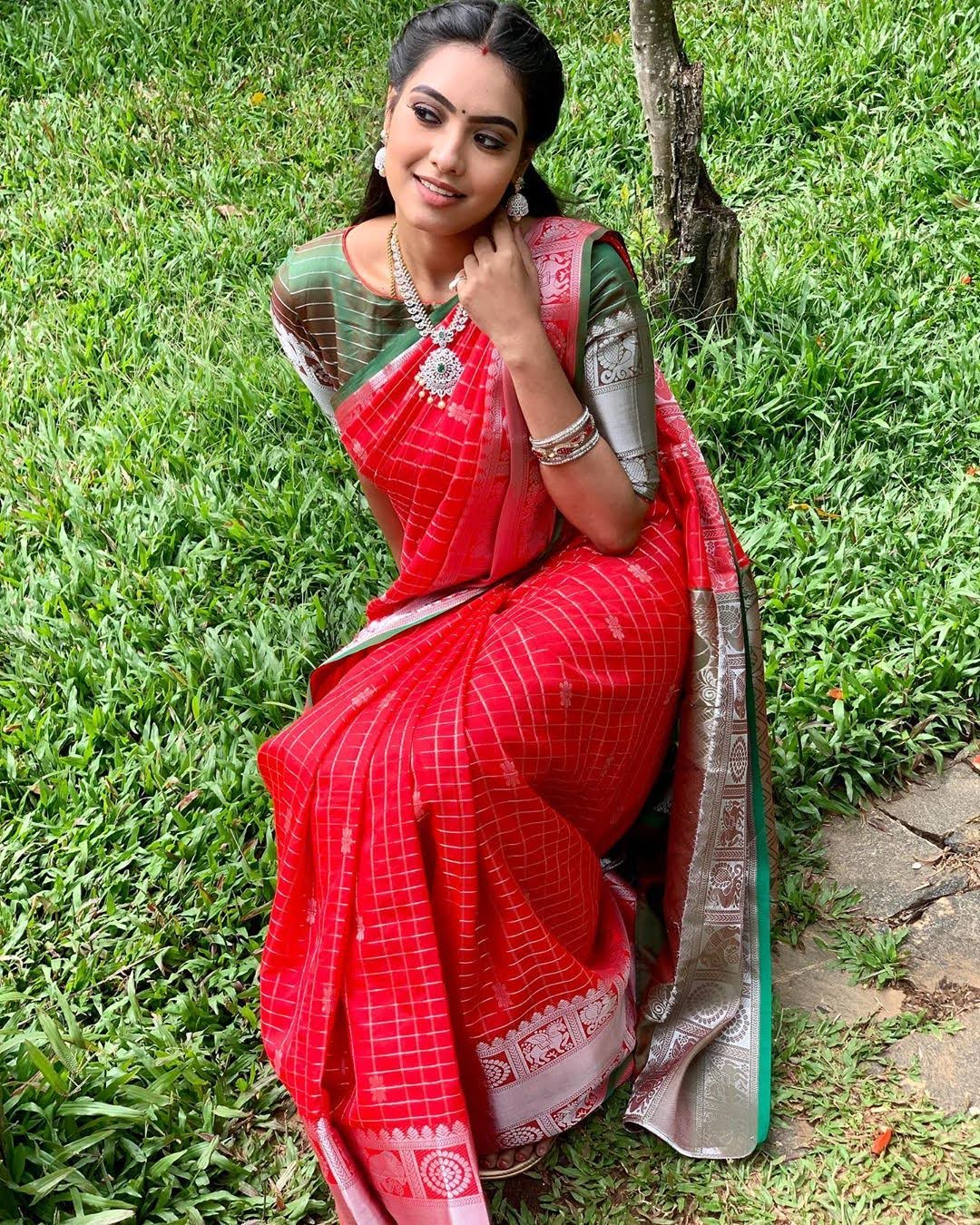 pavithra-janani-64783