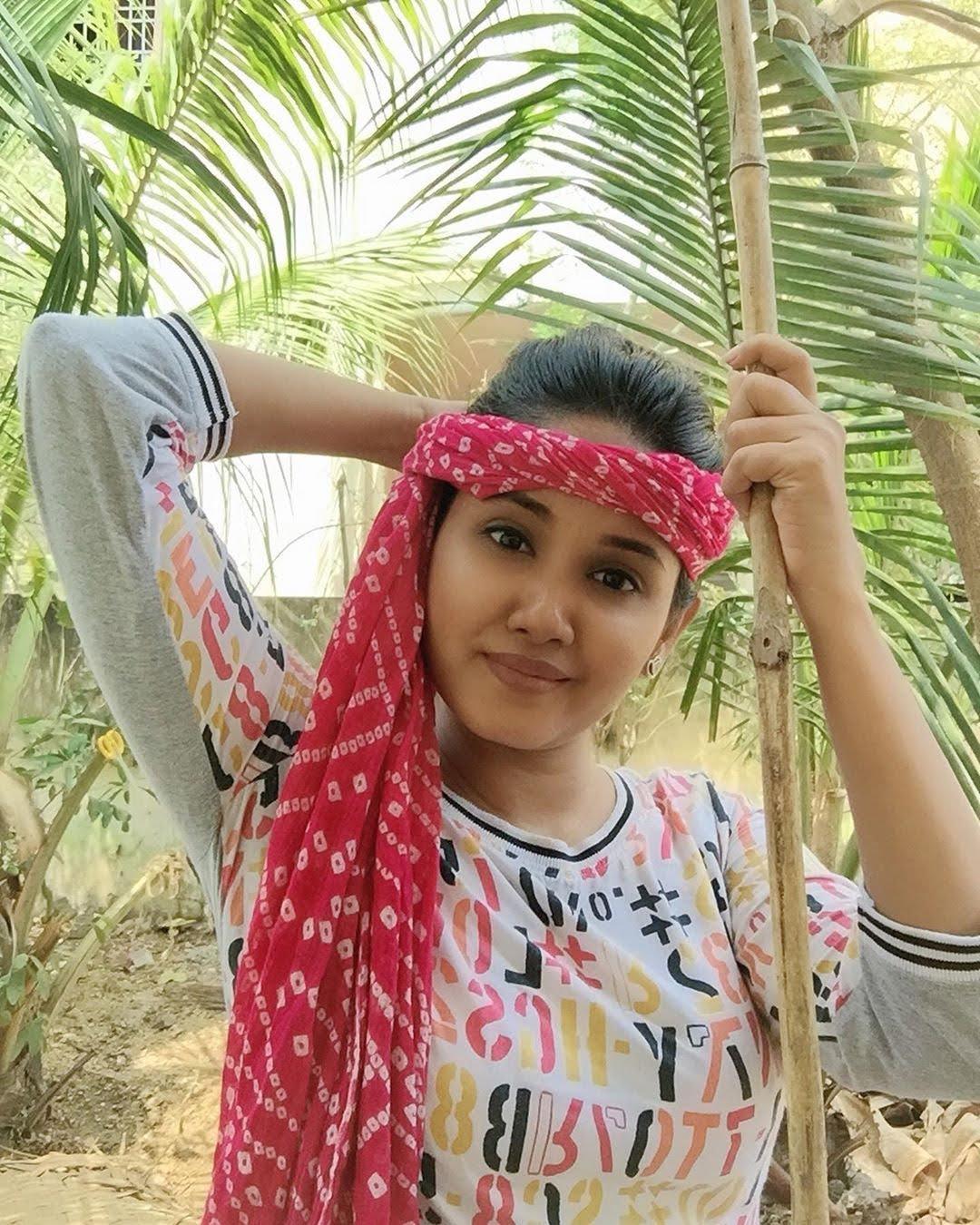sai-gayatri-bhuvanesh-8668