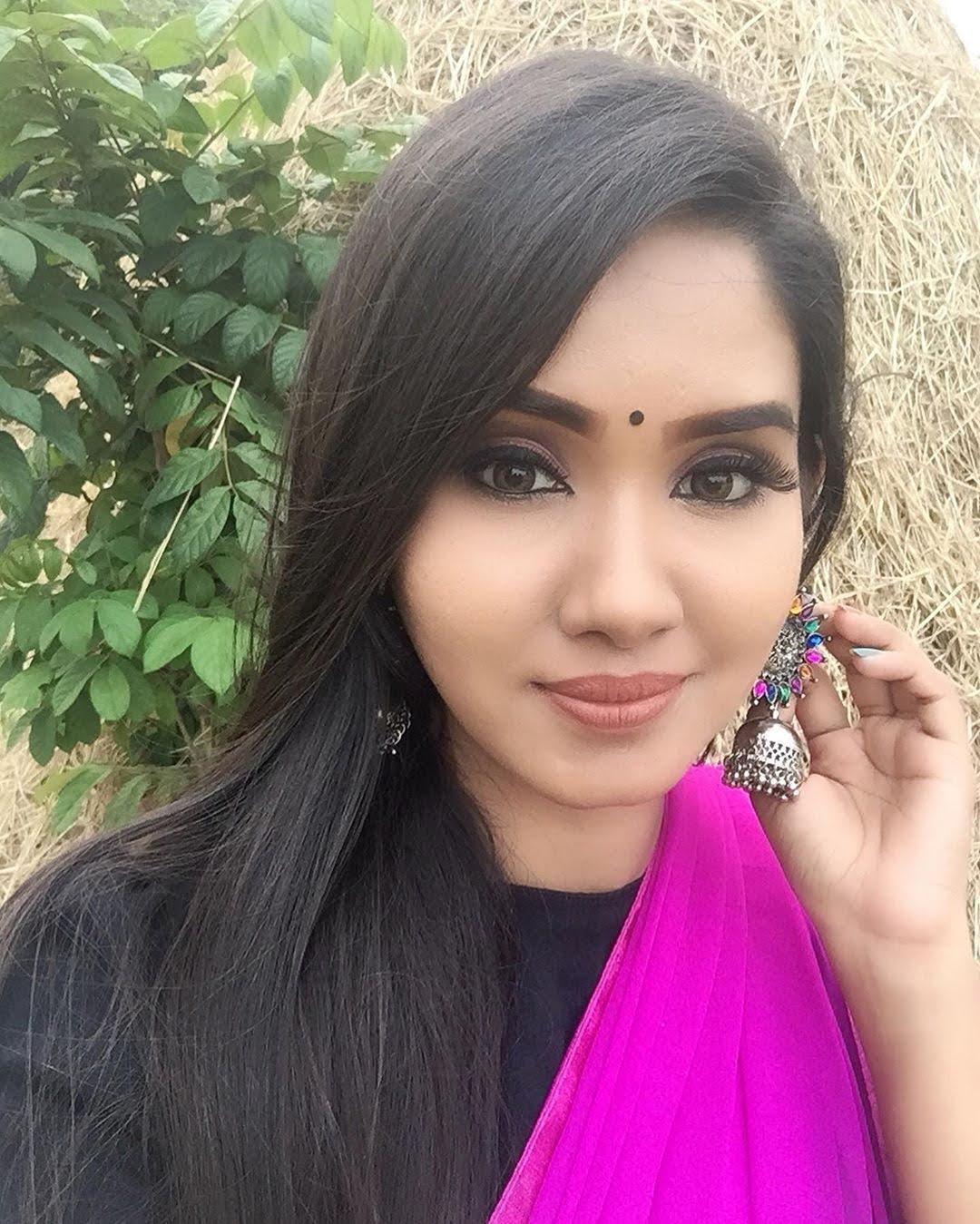 sai-gayatri-bhuvanesh-8676