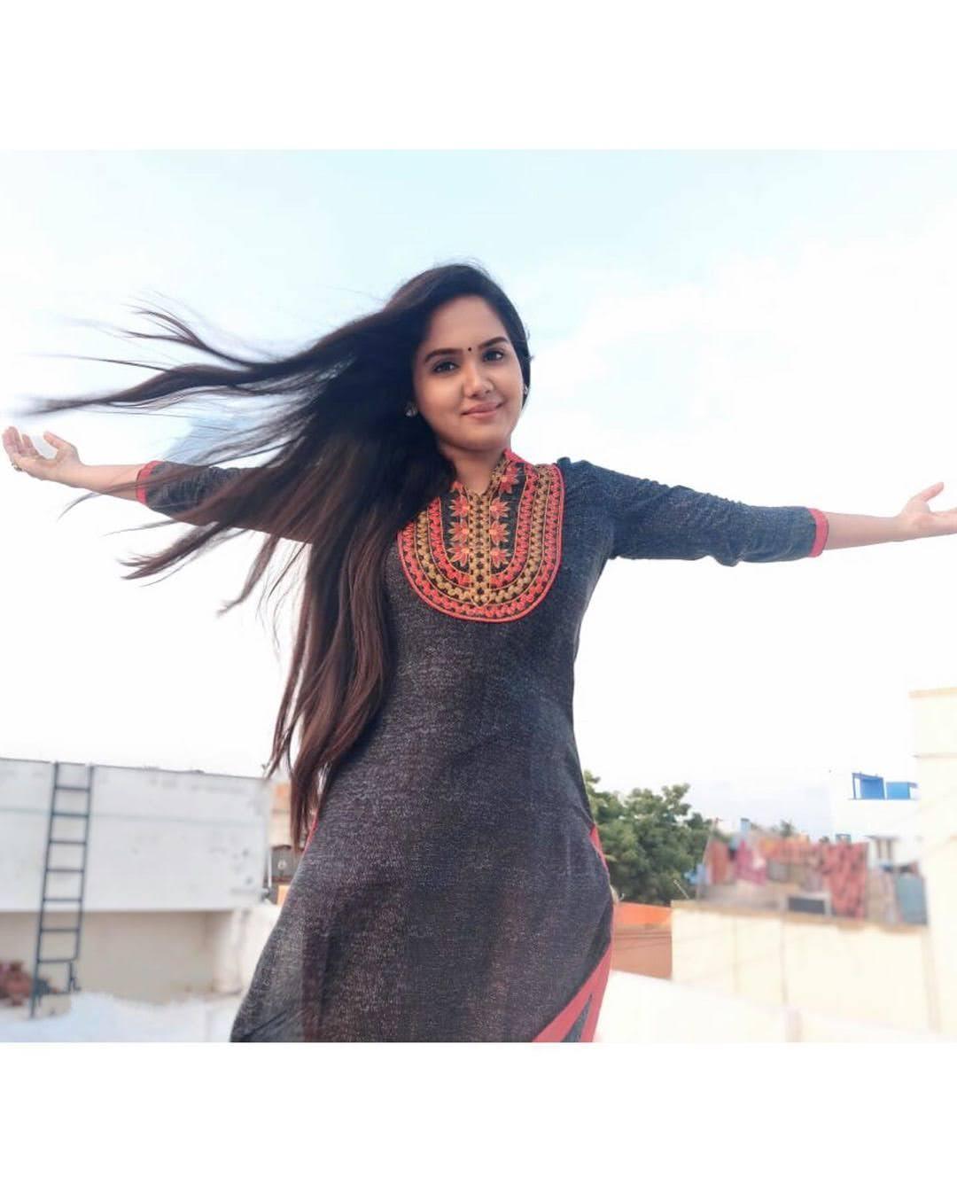 sai-gayatri-bhuvanesh-8686