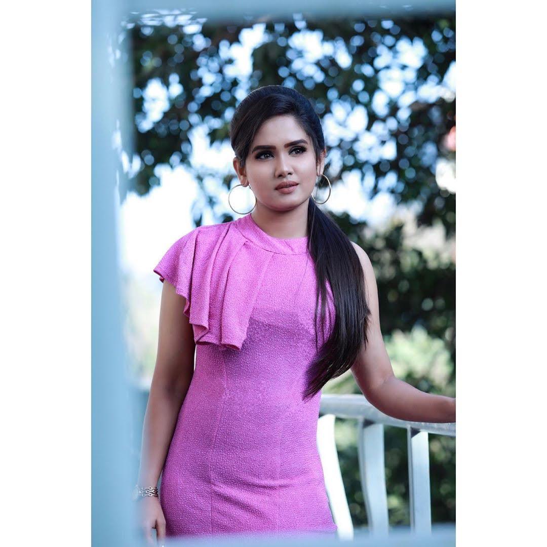 sai-gayatri-bhuvanesh-8693