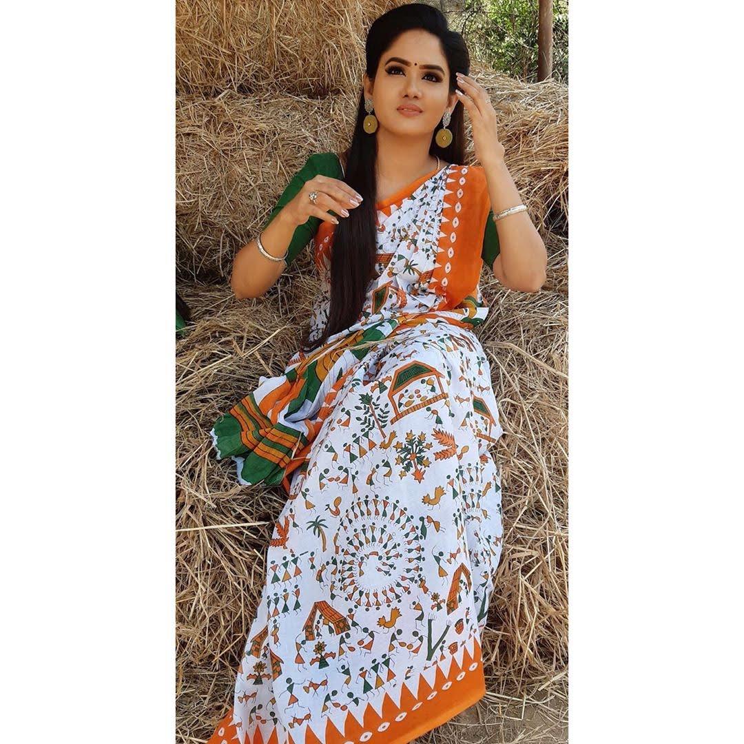sai-gayatri-bhuvanesh-8699