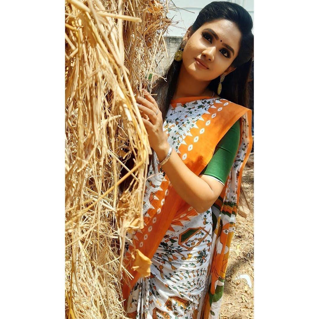 sai-gayatri-bhuvanesh-8700