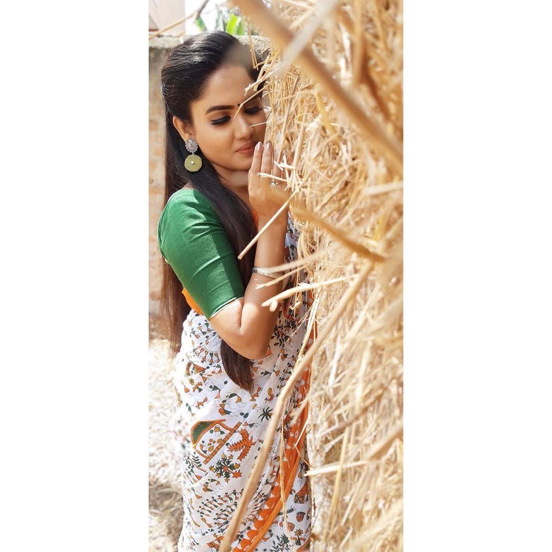 sai-gayatri-bhuvanesh-8704