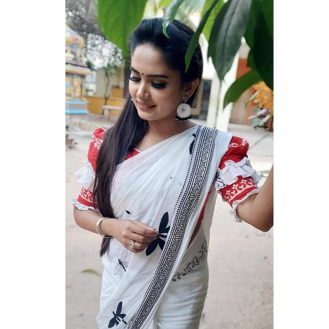 sai-gayatri-bhuvanesh-8705