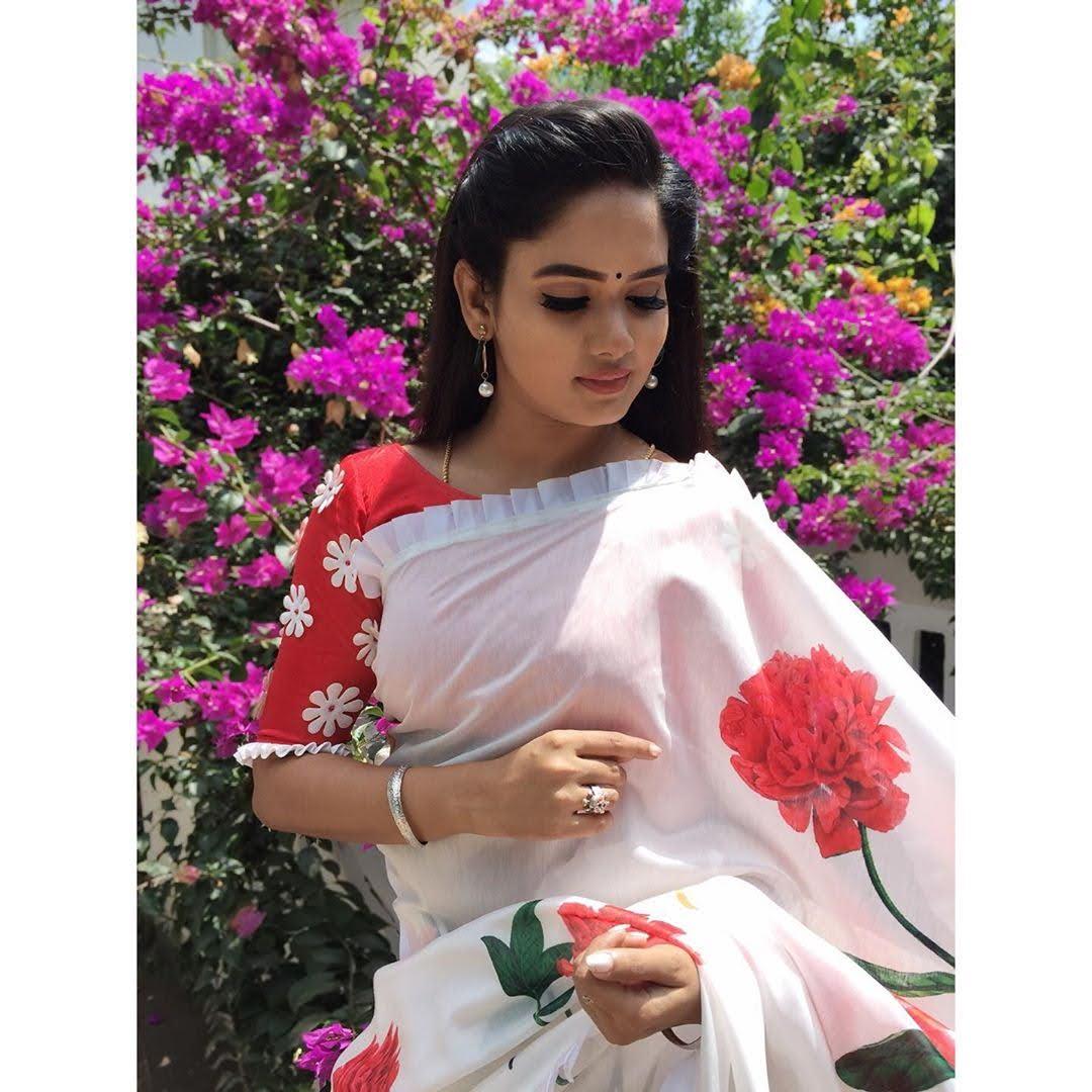 sai-gayatri-bhuvanesh-8717