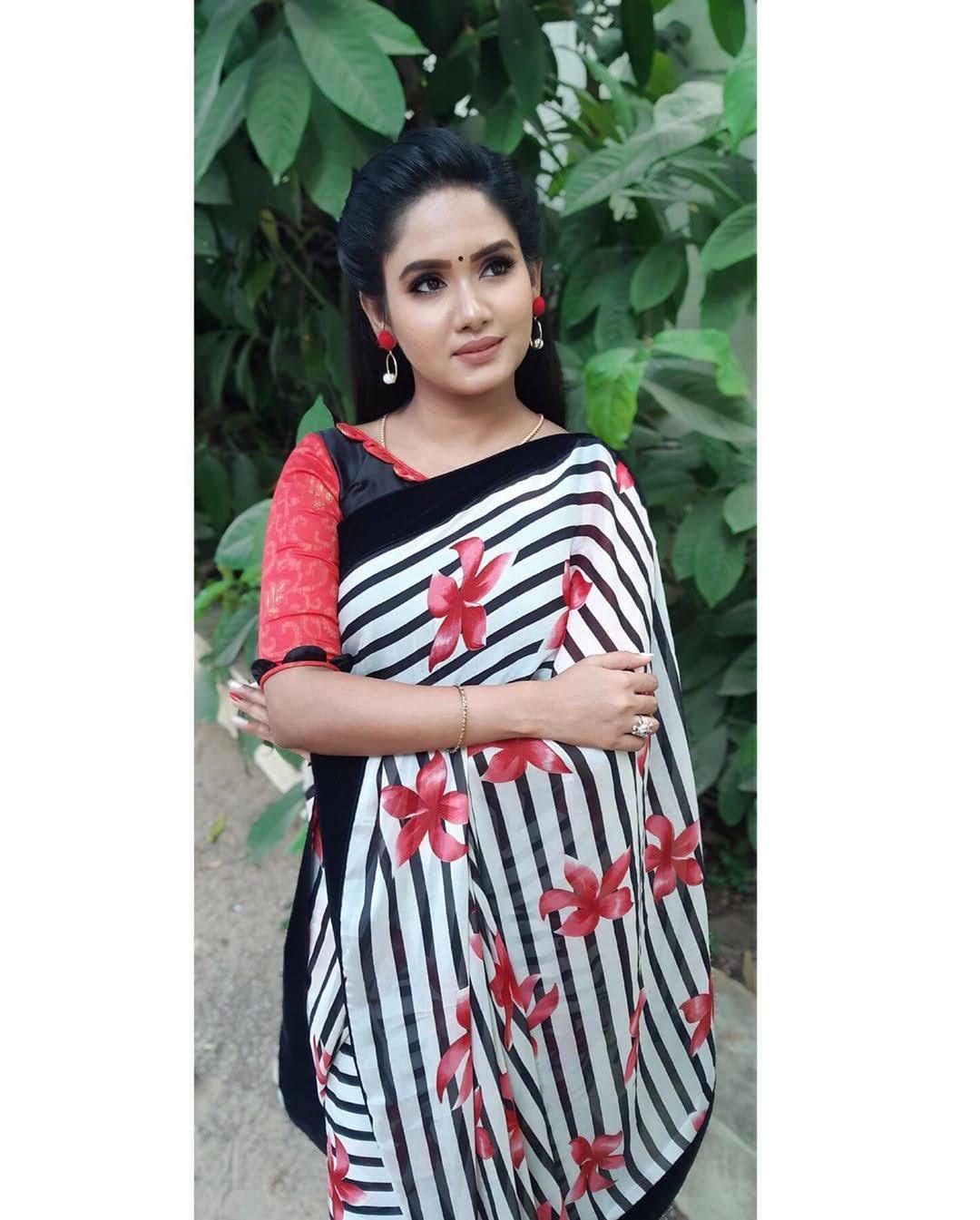 sai-gayatri-bhuvanesh-8728