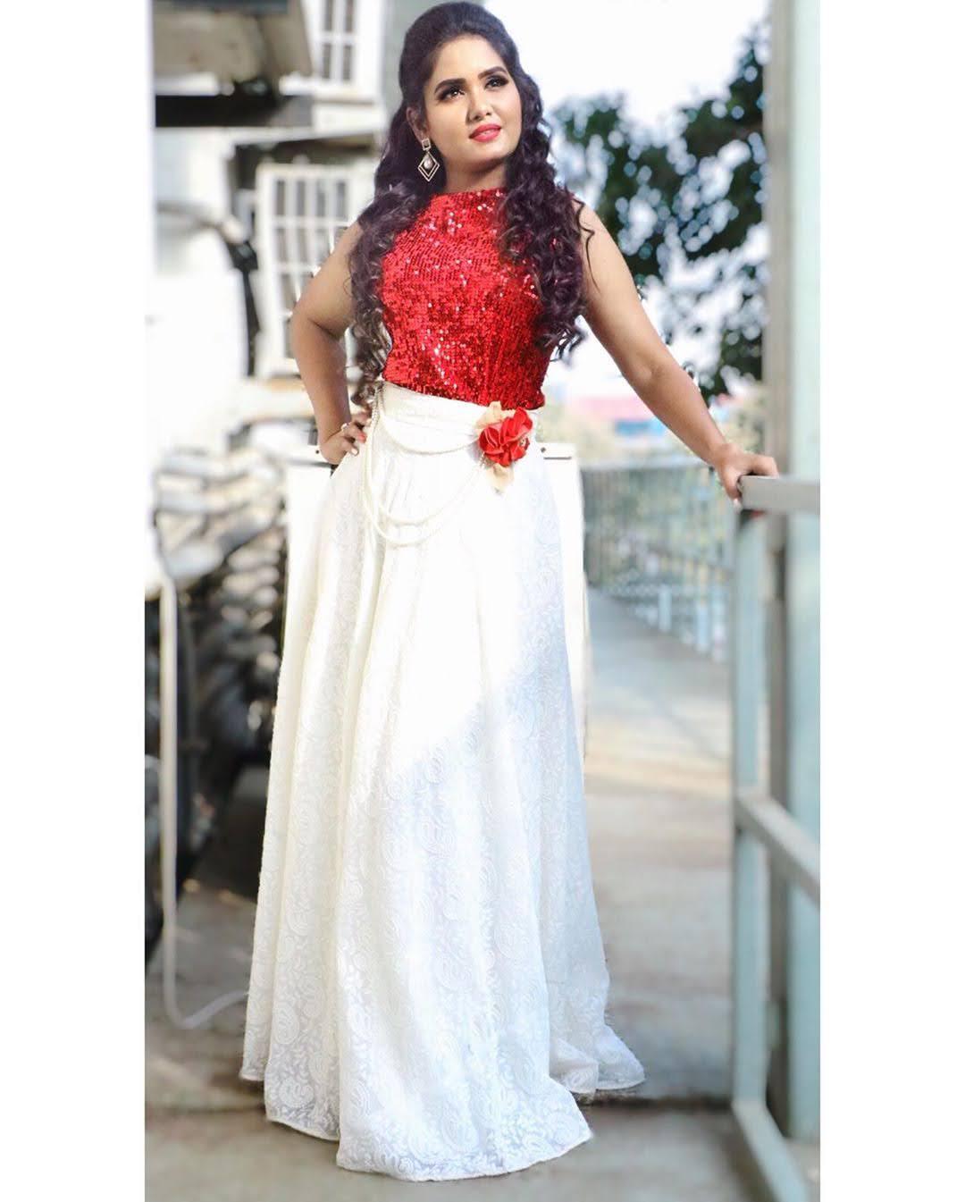 sai-gayatri-bhuvanesh-8736