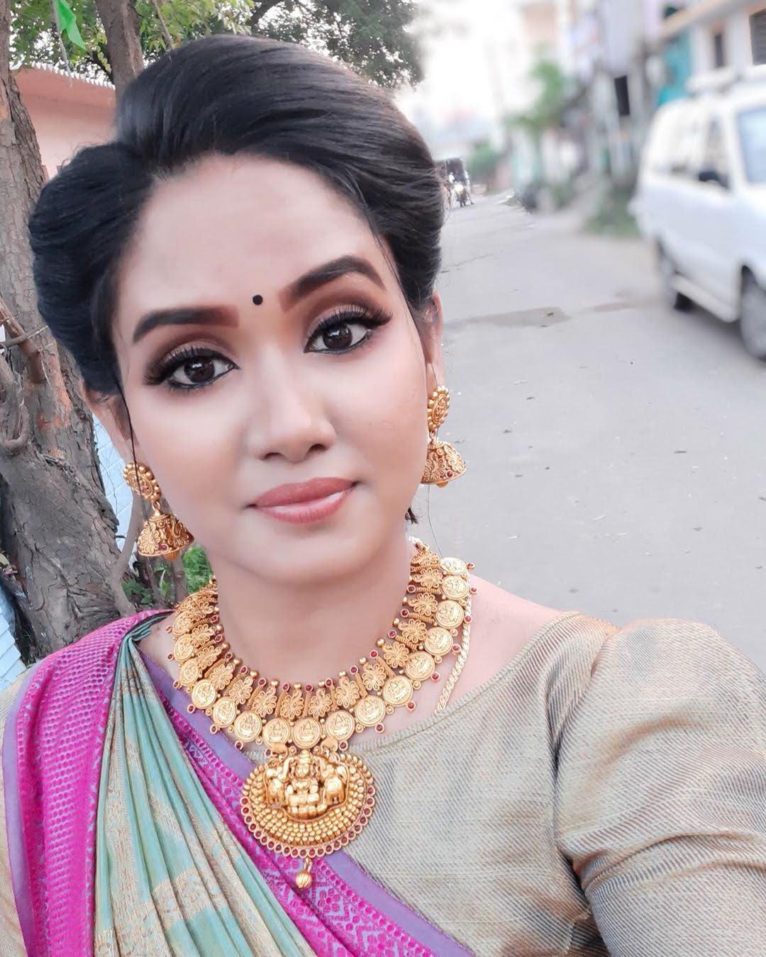 sai-gayatri-bhuvanesh-8742