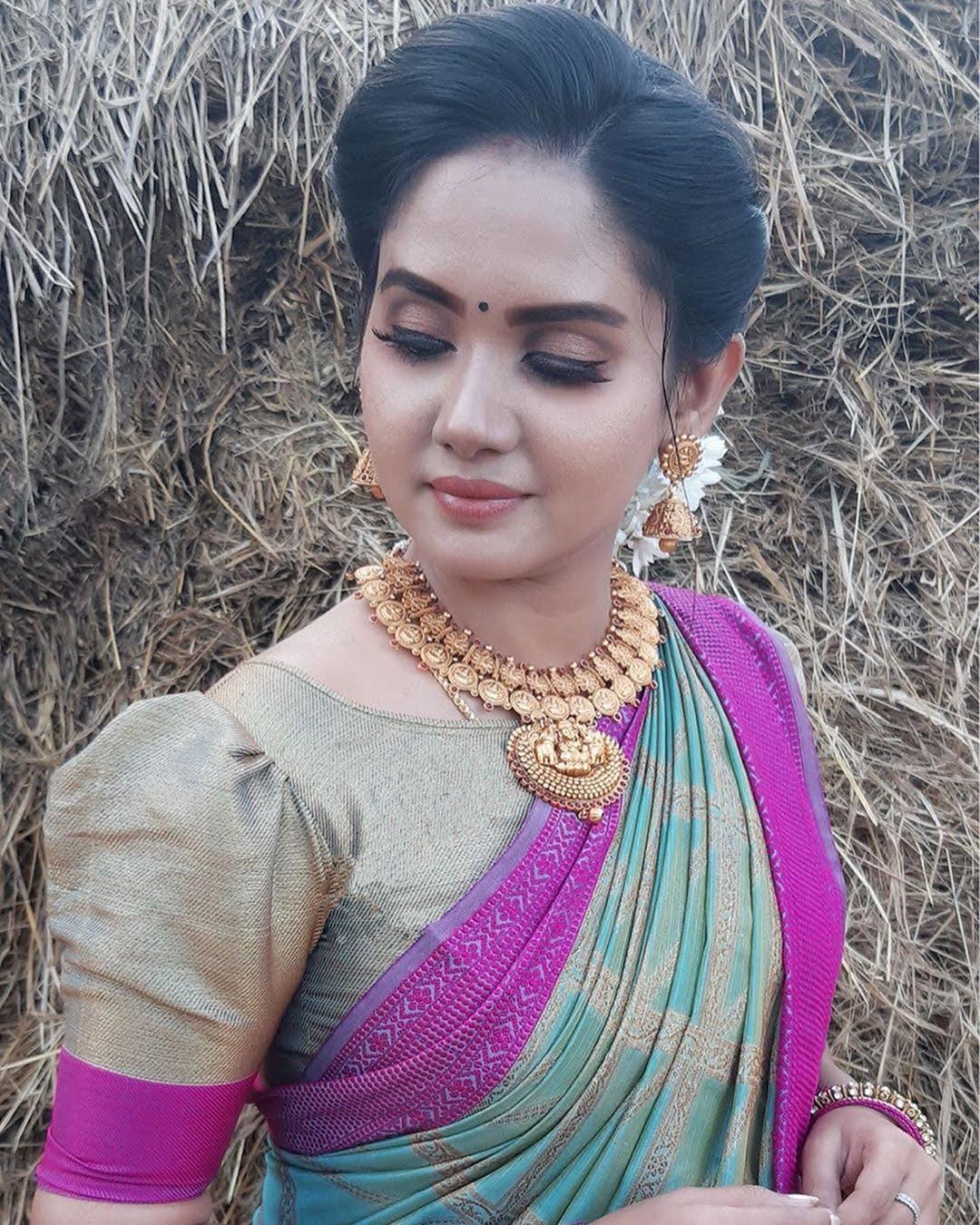 sai-gayatri-bhuvanesh-8744