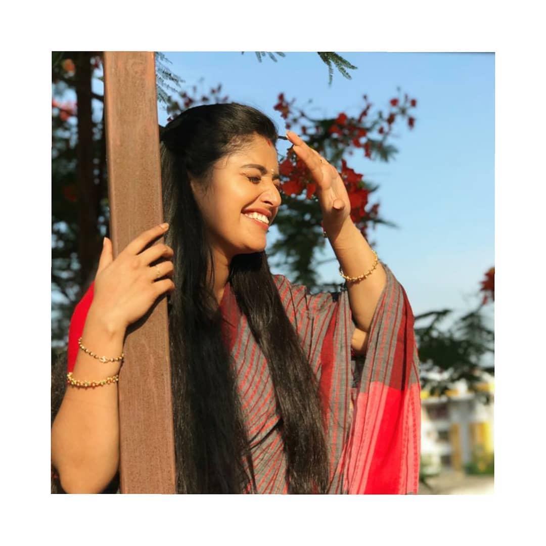 shreya-anchan_thirumanam-heroine-12