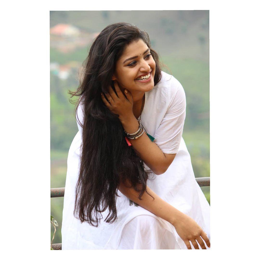 shreya-anchan_thirumanam-heroine-16