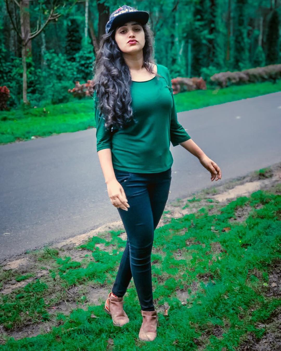 shreya-anchan_thirumanam-heroine-54