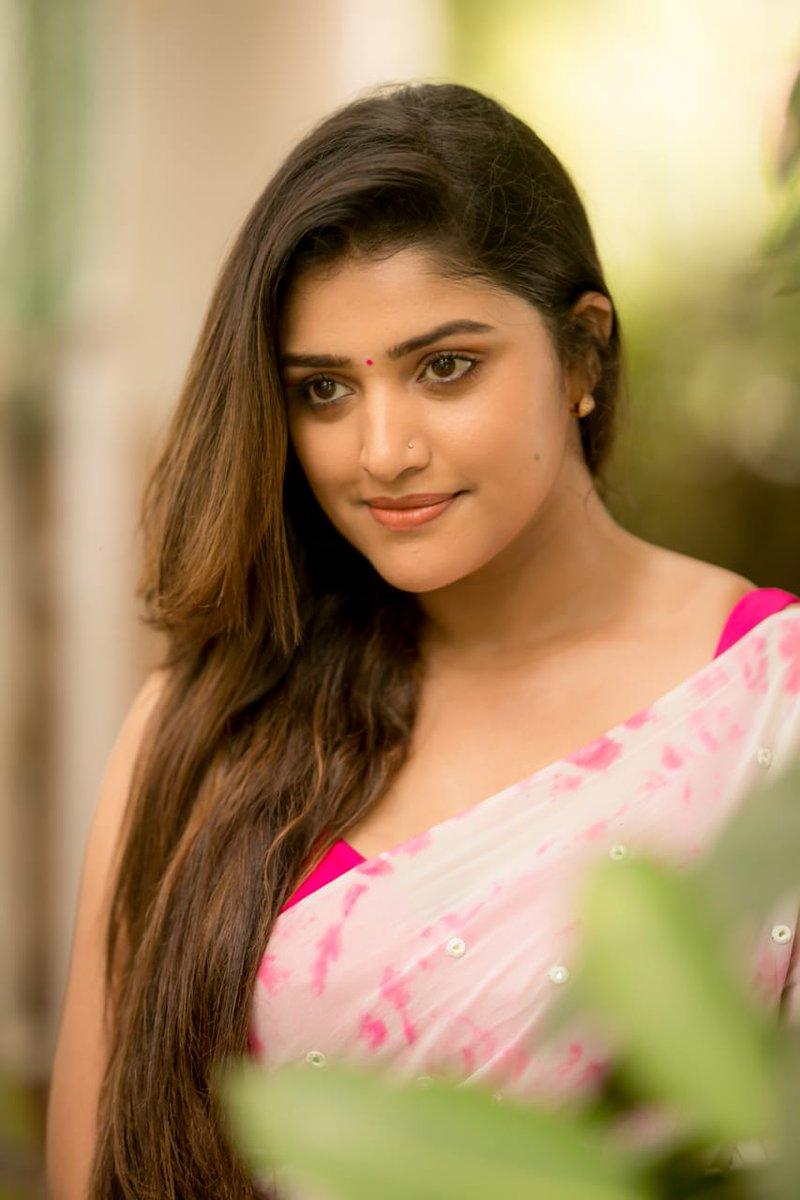 Shreya-Anchan-963325872