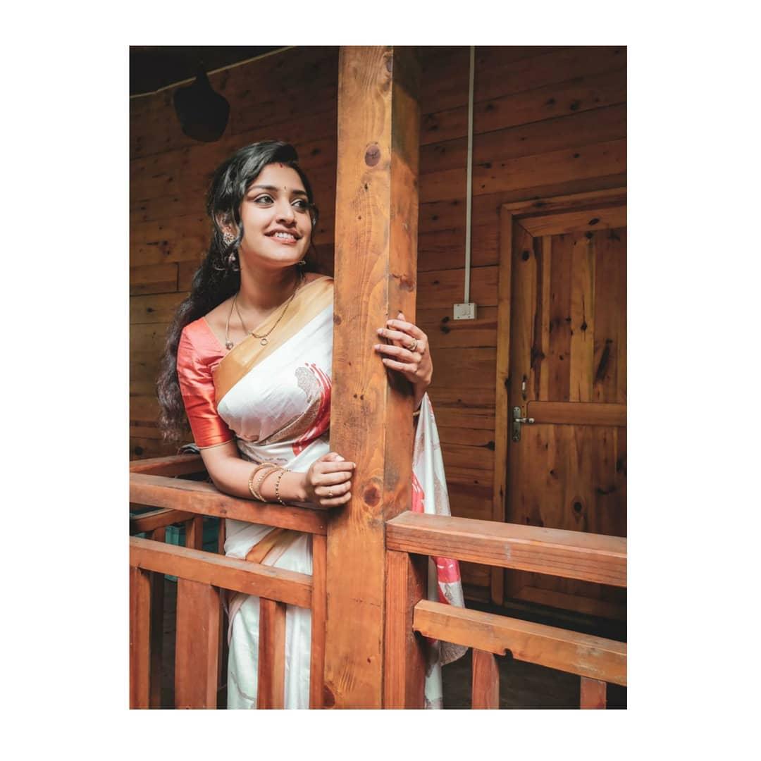 shreya-anchan_thirumanam-heroine-9