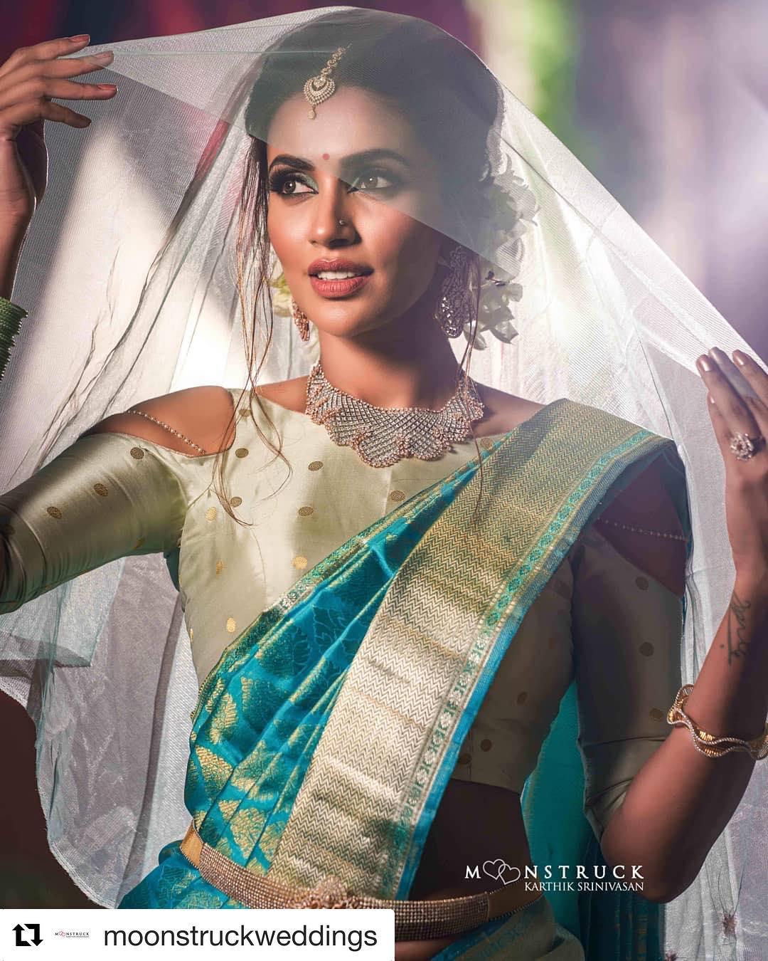 Akshara Gowda Latest Saree Photos (1)