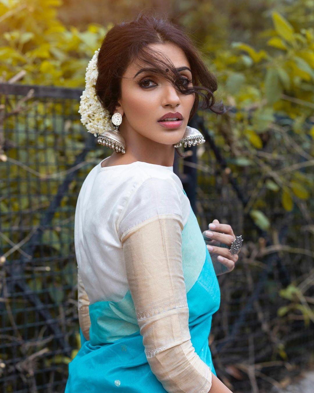 Akshara Gowda Latest Saree Photos (10)