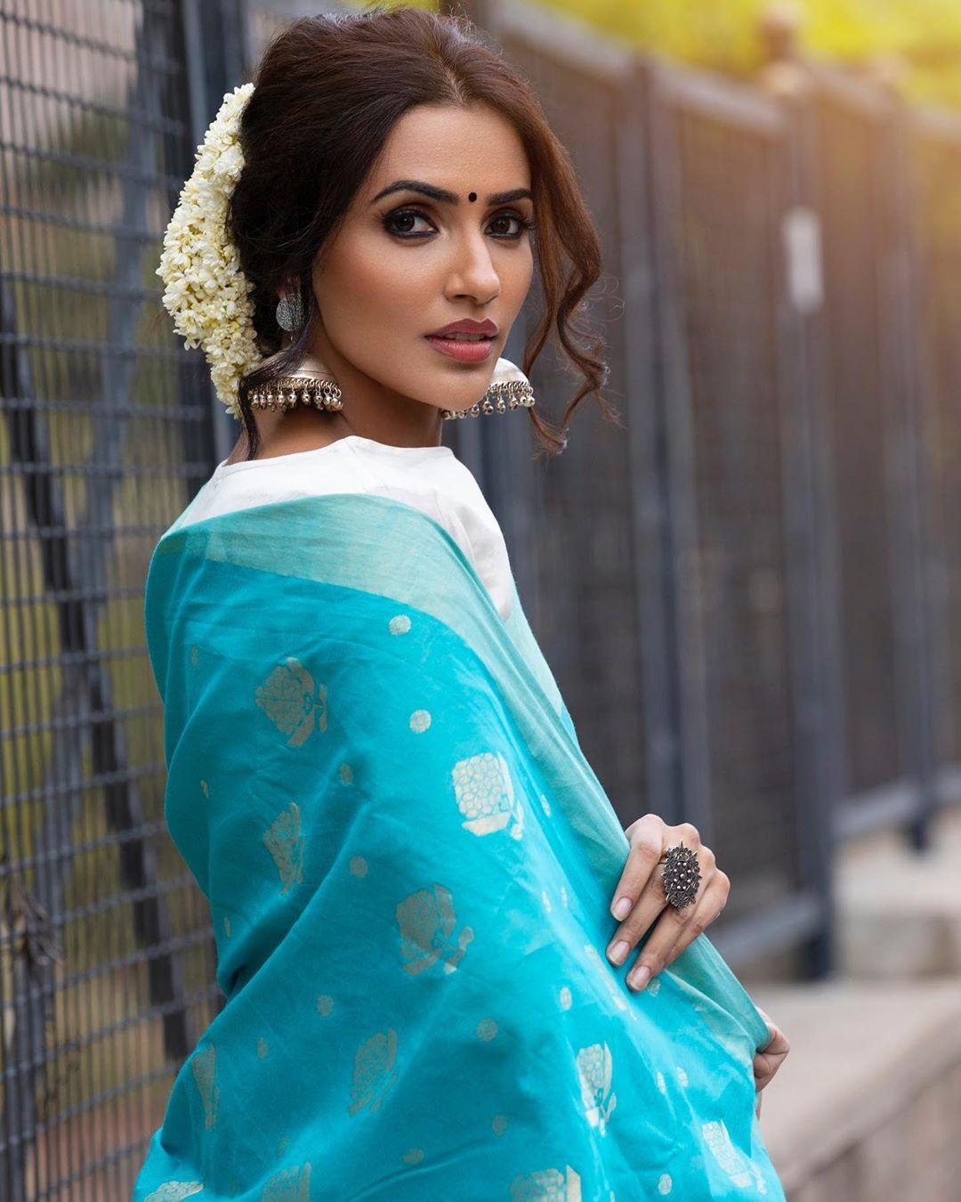 Akshara Gowda Latest Saree Photos (11)