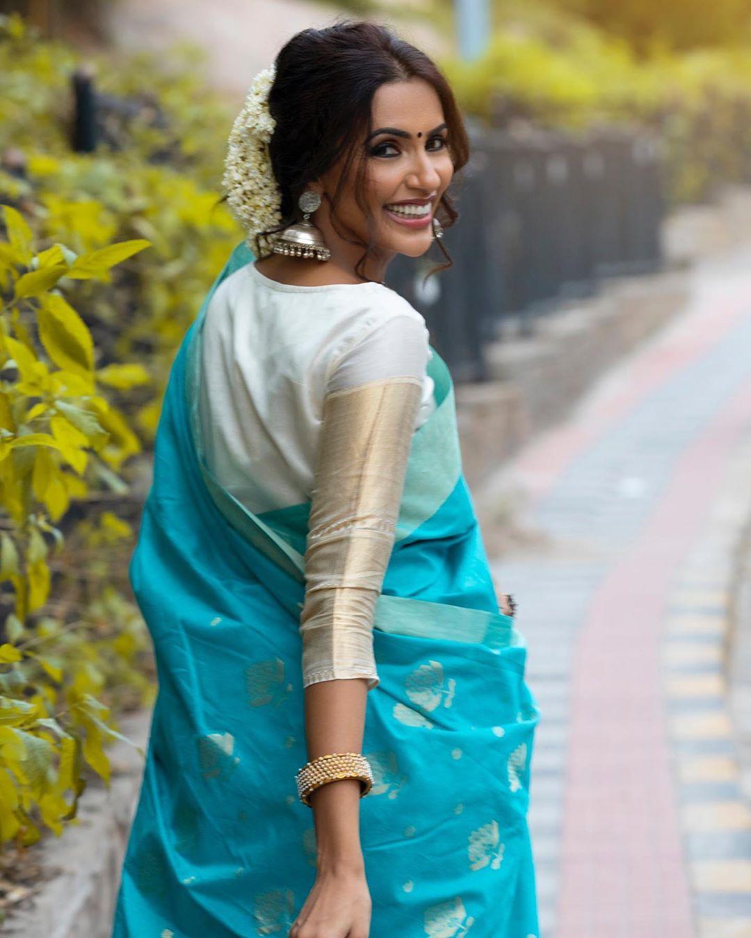Akshara Gowda Latest Saree Photos (12)