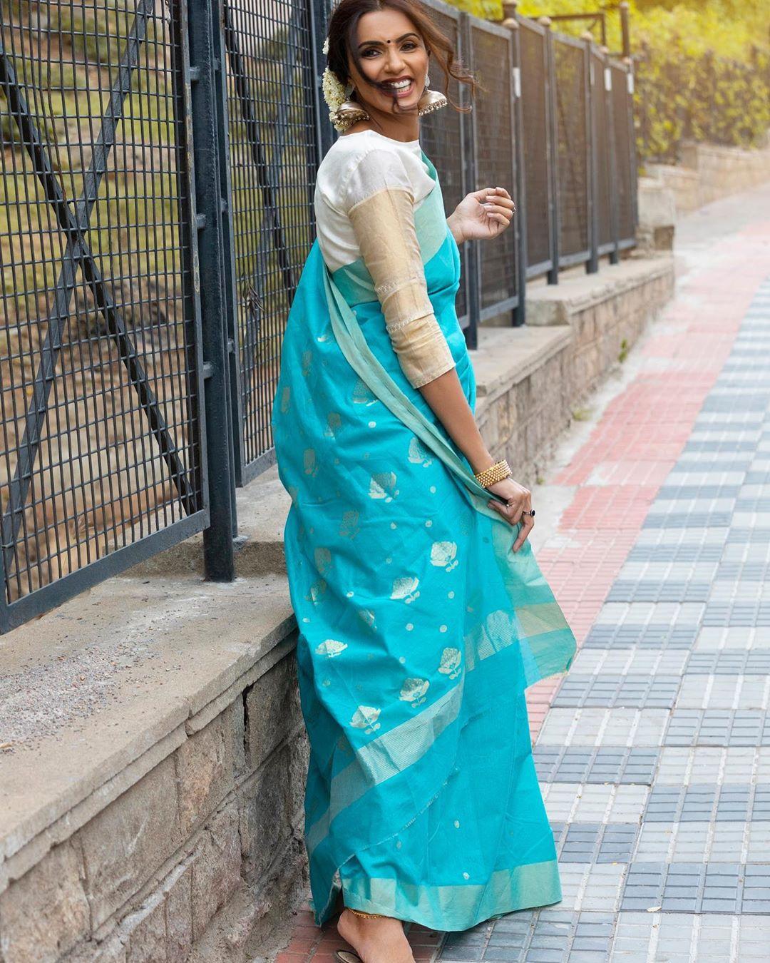 Akshara Gowda Latest Saree Photos (7)