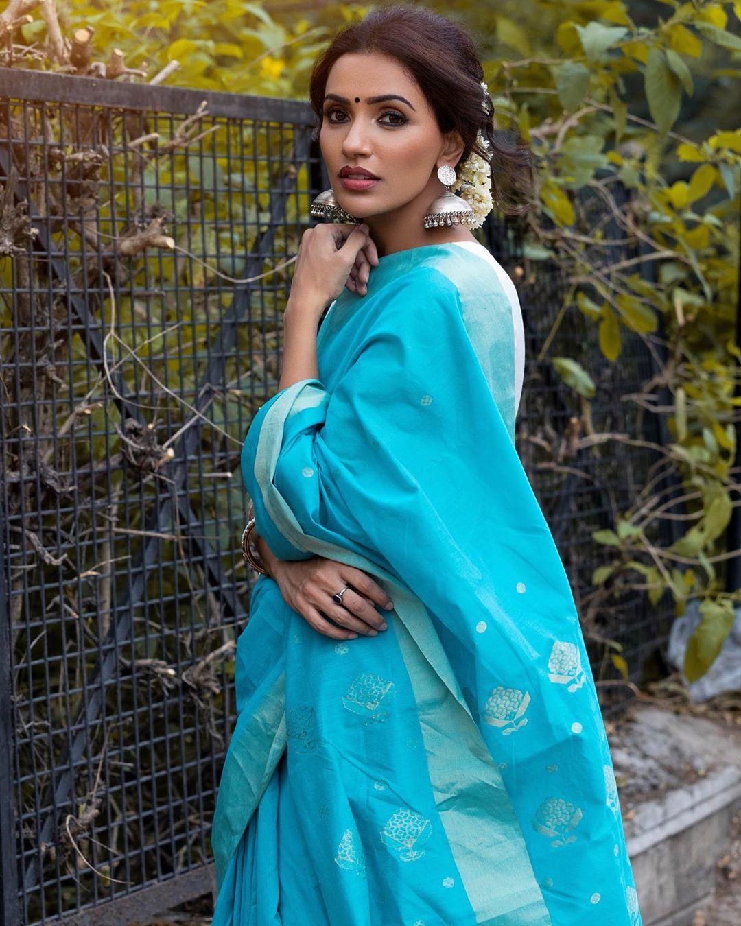 Akshara Gowda Latest Saree Photos (9)