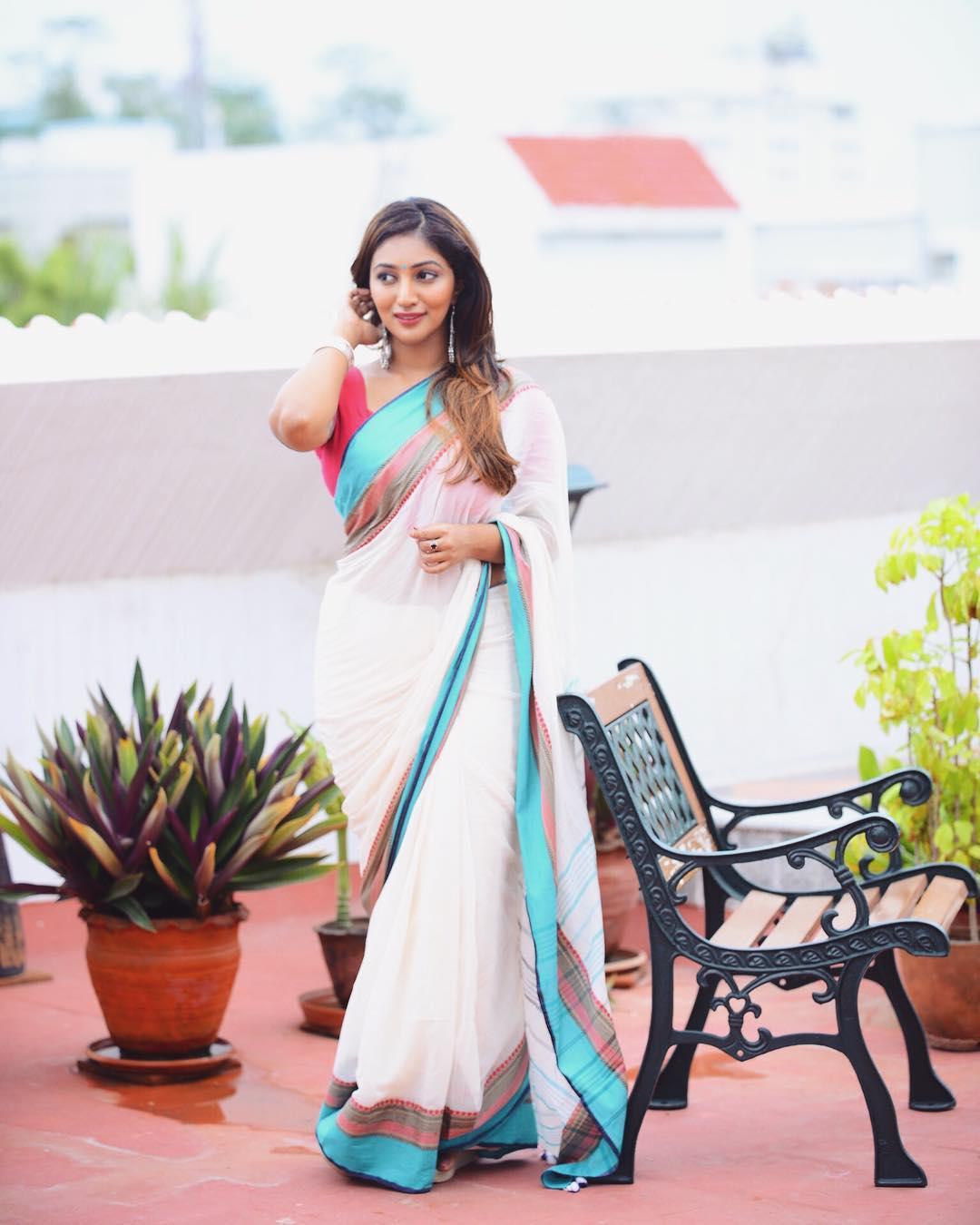 Bommu Lakshmi photos (12)