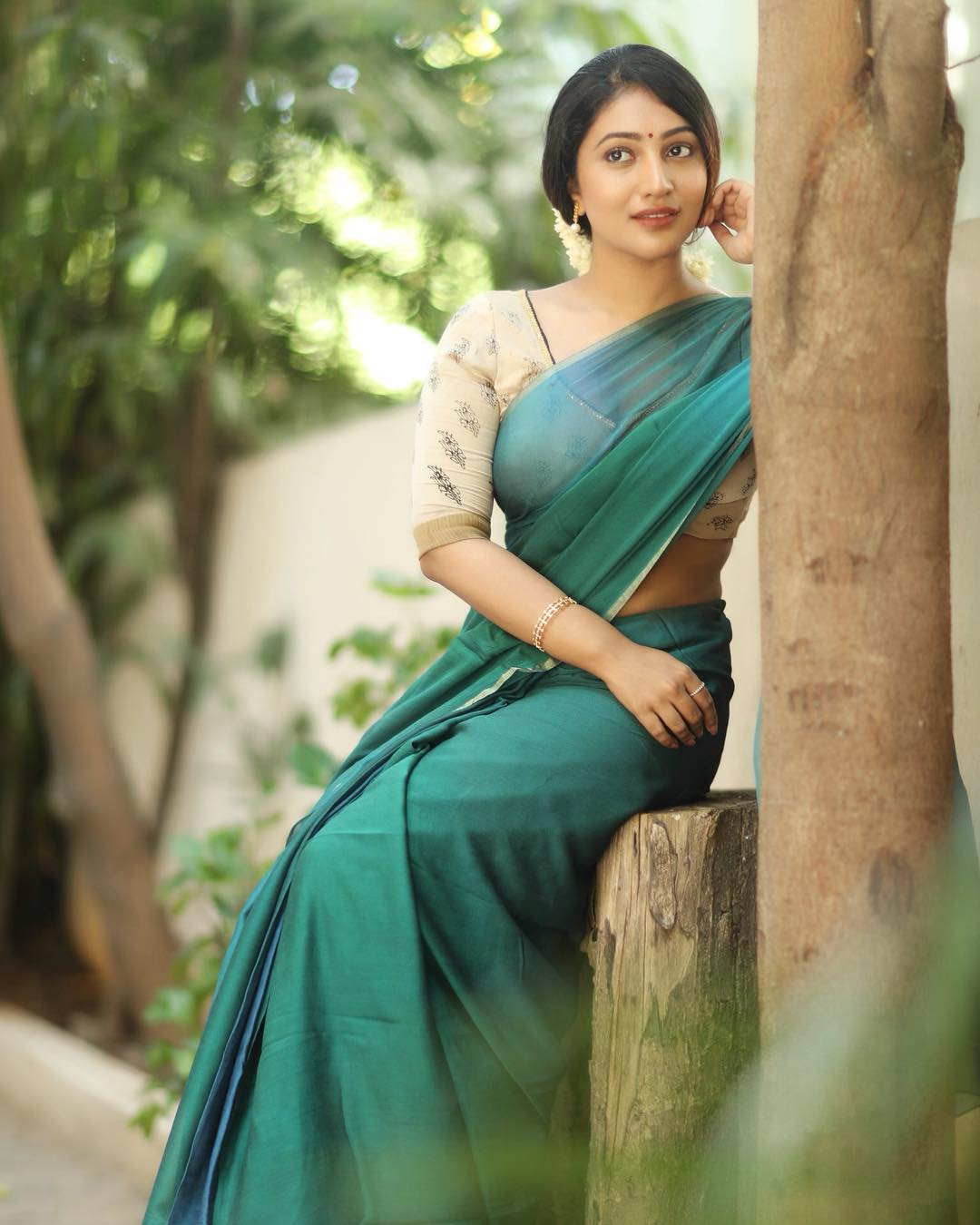 Bommu Lakshmi photos (25)