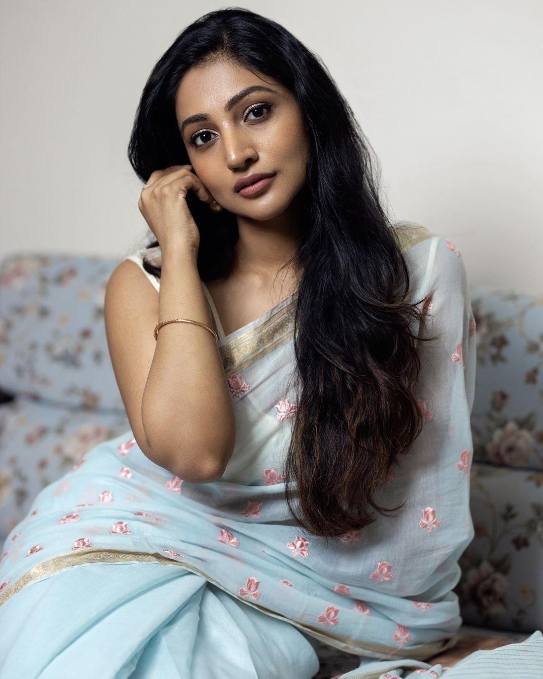Bommu Lakshmi photos (46)